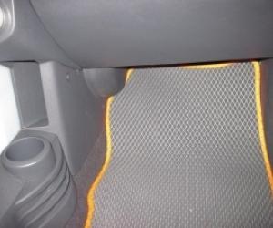 Автомобильные коврики Mitsubishi Colt VI (2002 - 2012)