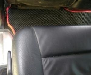 Автомобильные коврики Mitsubishi Pajero IV 3d (2006-…)