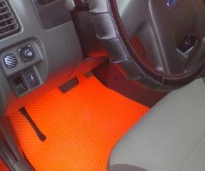 Автомобильные коврики Ford Escape (2000 - 2007)