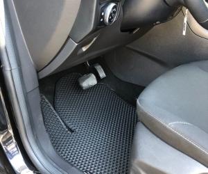 Автомобильные коврики Ford Focus III Рейсталинг Хетчбек (2017 - ...)